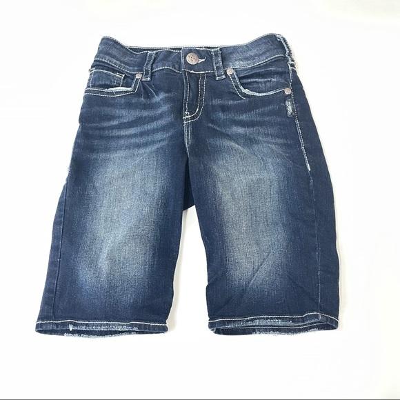 Silver Womens Shorts Size W27/L11 Suki Mid Bermuda